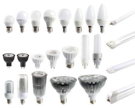 bombilla: Un gran conjunto de bombillas LED aislado sobre fondo blanco. Foto de archivo
