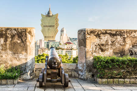 portugese: Monte Fort, or Fortaleza do Monte, was built by the Portugese in the 17th century when they controllled the island in the South China Sea. The canon aims at modern casinos nowadays.