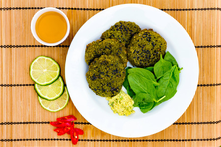 pan asian: Vegeterian pan asian burgers with green tea