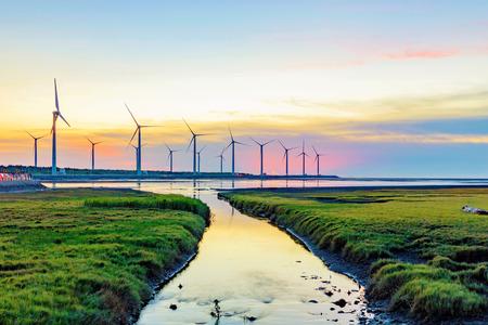 Landschap van Gaomei wetlands tijdens zonsondergang in Taiwan