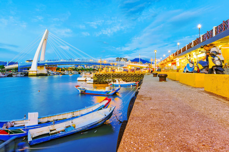 Evening view of Fishermans wharf in Tamsui Taipei 版權商用圖片