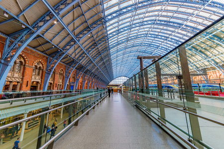LONDON, UNITED KINGDOM - SEPTEMBER 23: This is the interior architecture of Kings Cross St Pancras railway station on September 23, 2017 in London