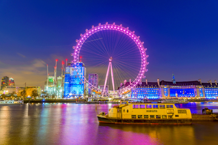 LONDON, UNITED KINGDOM - JANUARY 17: Night view of the famous London eye ferris wheel, a popular tourist attraction along the River Thames on January 17, 2018 in London