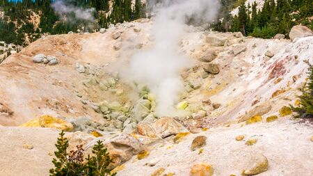 infierno: Bumpass infierno, Parque Nacional Volcánico Lassen