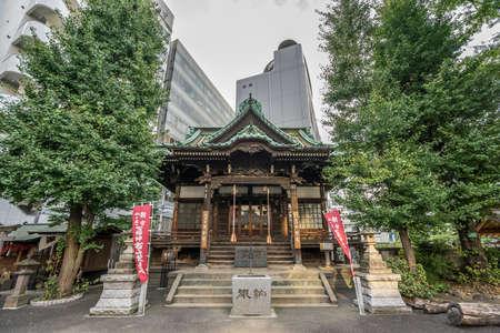 도쿄, 2016 년 9 월 1 일. 신주쿠 구에 위치한 1596 년에 건축 된 다이 소지 절의 광각.