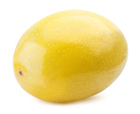 Gele passievrucht geïsoleerd op een witte achtergrond. Uitknippad
