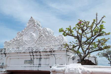 temple facade photo