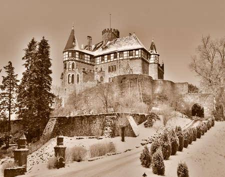 huh: The Berlepsch Castle in Witzenhausen Editorial