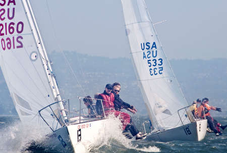 SAN FRANCISCO - SEPT 27, 2009: the 9th race of the J/24 US National Championship sponsored by the SF Yacht Club. Editoriali