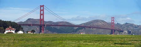 view of golden gate bridge from crissy field with marin county over the bay Banco de Imagens