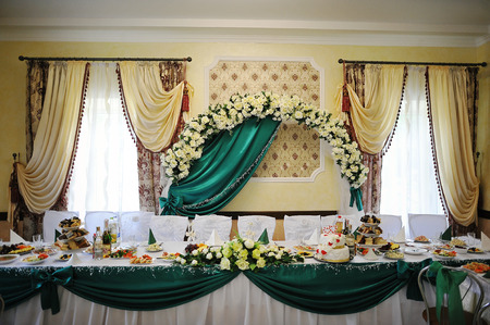 entertaining area: decoration of wedding table