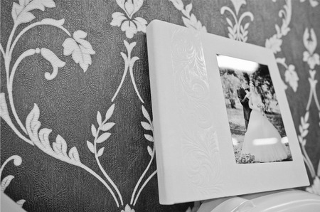 twist: twist white wedding  photo book