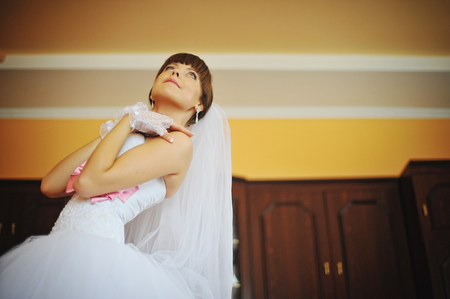 posed: young bride posed at her room