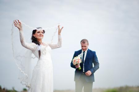 couple background: wedding couple background white sky
