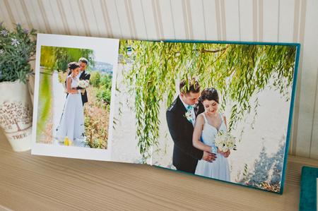 cian: blue aqua velvet wedding photobook and album Stock Photo