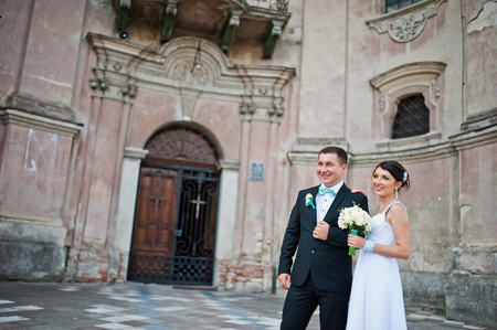 couple background: Just married couple background old church