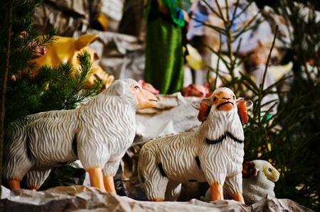 animal angelic: Very large christmas nativity crib. Toy sheep
