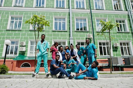 Group of african medical students posed outdoor. Фото со стока