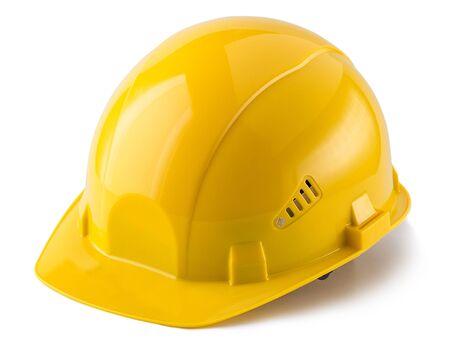 Gele veiligheidshelm die op witte achtergrond wordt geïsoleerd