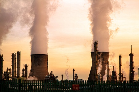 coal fired: Chimneys blowing smoke at a Uk powerstation