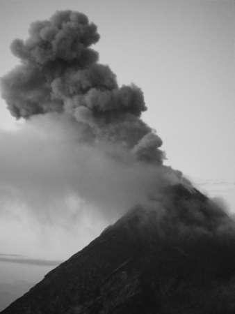 vulcano: Eruption vulcano Fuego in Guatemala