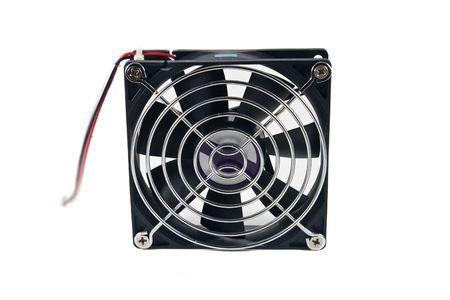 12v: Equipo ventilador de refrigeraci�n, aisladas sobre fondo blanco.