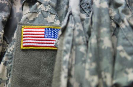 estrellas  de militares: Bandera americana en el uniforme del ejército Sholder Foto de archivo