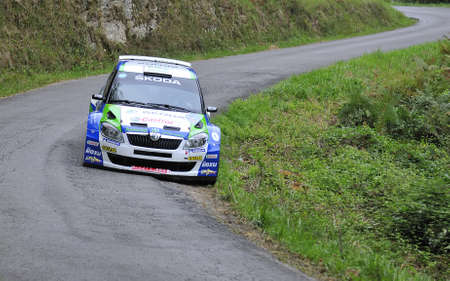 principe: Alberto Hevia con el Skoda Fabia S2000 en el 2011 Rally Principe de Asturias, Asturias, Espa�a.