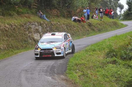 principe: Eugenio Mantec�n de conducci�n en el Rally Pr�ncipe de Asturias 2011.