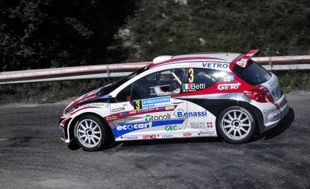 principe: Luca Betti con el Peugeot 207 S2000 en el Rally Pr�ncipe de Asturias de 2011, Asturias, Espa�a.