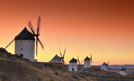 Mulini a vento in Consuegra, Spagna Archivio Fotografico