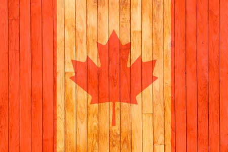 캐나다 국기 배경 매듭으로 오래 된 나무