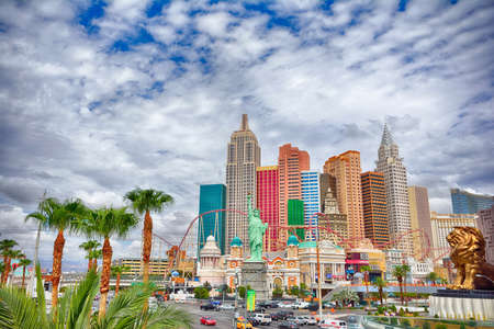 Las Vegas, Nevada - July 25, 2017: View of the New York New York hotel and casino in Las Vegas on July 25, 2017. Redactioneel