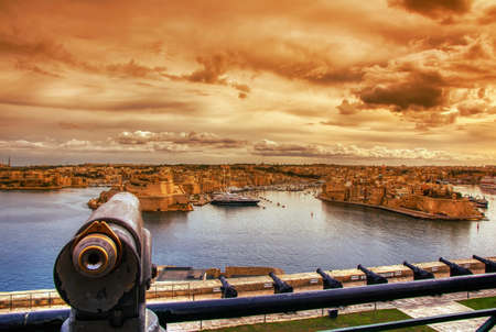 Three Cities, Vittoriosa, Senglea and Cospicua. Waterfront as seen from Valletta, Malta Stockfoto
