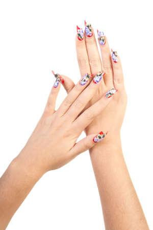 unas largas: Dos manos con uñas hermosa forma inusual sobre fondo blanco