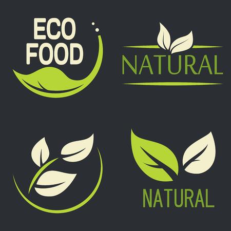 Ensemble de labels, logos avec le texte. Naturel, eco nourriture. badges organiques alimentaires dans le vecteur (cosmétiques, alimentaires). logos vectoriels. logos naturelles avec des feuilles.