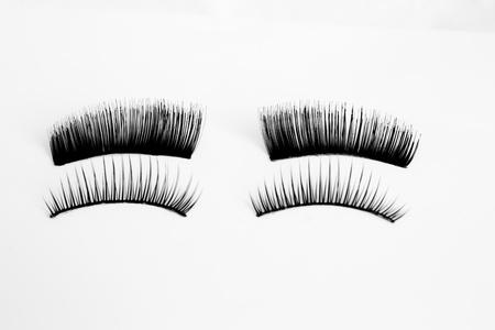 False eyelashes in black