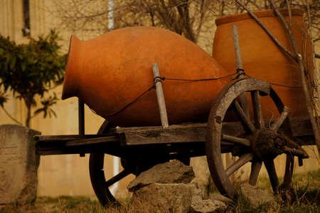 Traditionele Georgische kannen voor wijn Stockfoto - 18537529