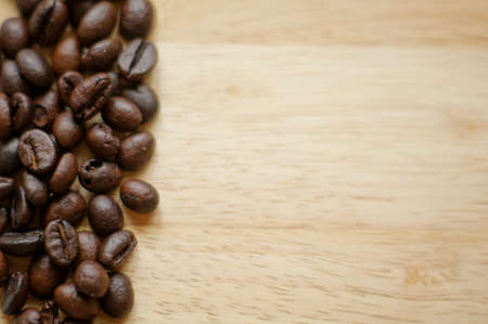 jamoke: Coffee beans and Good morning note on the wooden desk Stock Photo