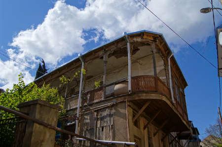 tbilisi: Architettura della vecchia Tbilisi, stradine di Mtatsminda Archivio Fotografico