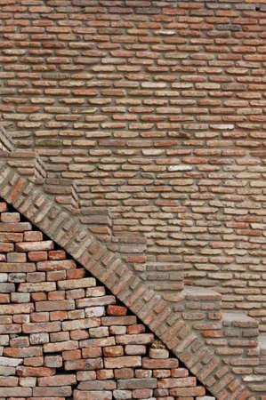 tbilisi: Antico muro di fondo nel centro di Tbilisi