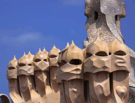 Roof of Casa Mila in Barcelona, Spain Imagens