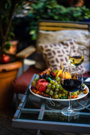 Fresh fruits and wine on the table during the Tbilisoba celebration Stockfoto