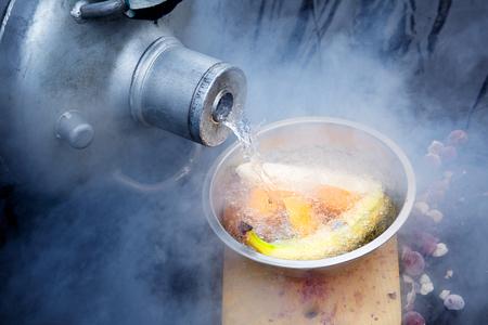 vloeibare stikstof fruit bananen sinaasappels