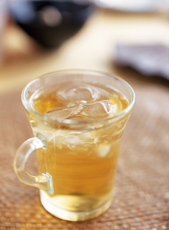 oolong tea: iced oolong tea