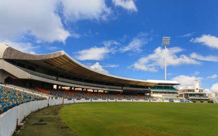 브리지 타운, 바베이도스에서 켄싱턴 타원형 크리켓 경기장. 개최지는 2007 년 월드컵 결승전과 2010 ICC World T20 결승전을 개최했습니다.