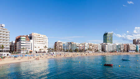 Het strand van Las Canteras in Las Palmas de Gran Canaria, Spanje.