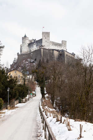 A mid winter view of Hohensalzburg Fortress, Salzburg, Austria.  The fortress sits atop the Festungsberg a small hill. 報道画像