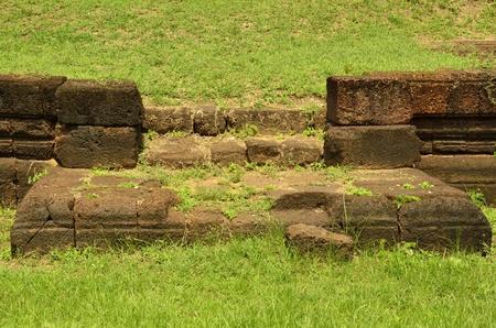 grinta: Grit scala tra vecchio muro di grana