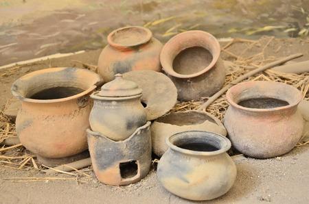 cucina antica: Vecchie casalinghi di popoli antichi Archivio Fotografico